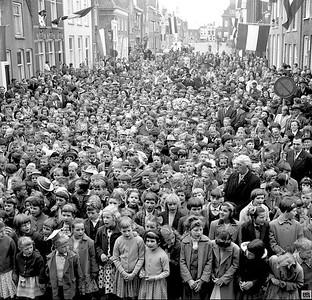 KONINGINNEDAG IN MIDDELHARNIS 1962