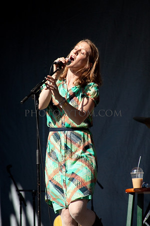 Photos of Red Molly at Merlefest 2011
