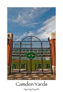 Camden gate with border
