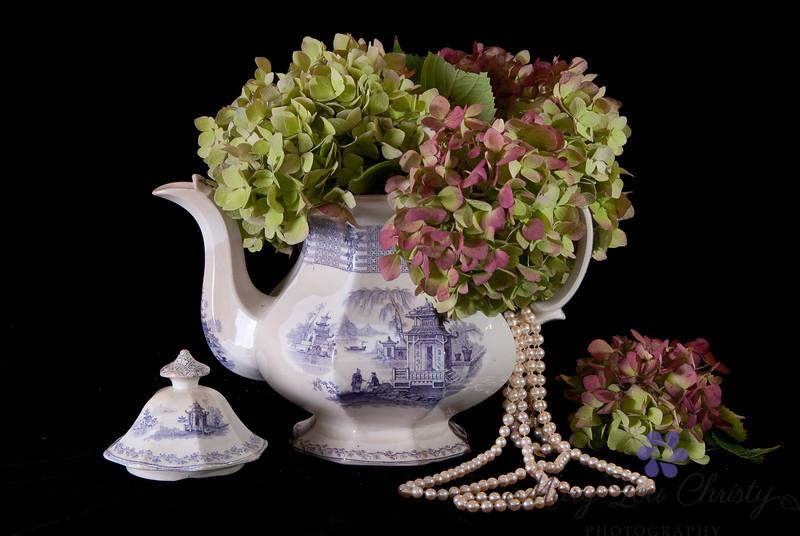 Nana's Tea Pot
