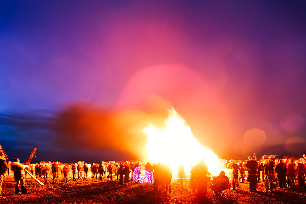 Element 11; Christmas Tree Burn