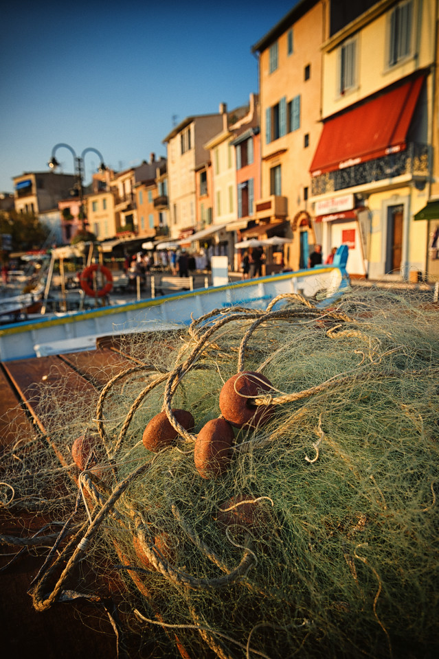 Cassis Harbor Nets