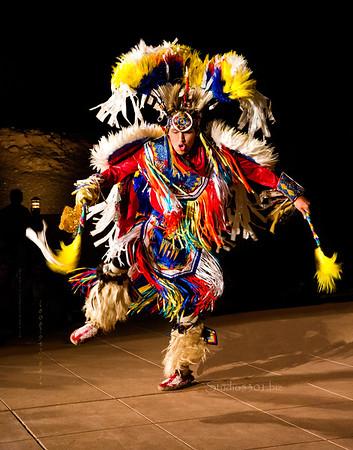 Kenneth rev BK native dancer_feather blur1906cf ton