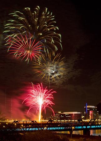 bridge fireworks tempe lake DDjpg