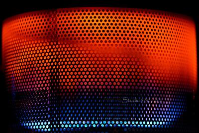heatlamp_circles_patterns_4904-2sRGB +red blue