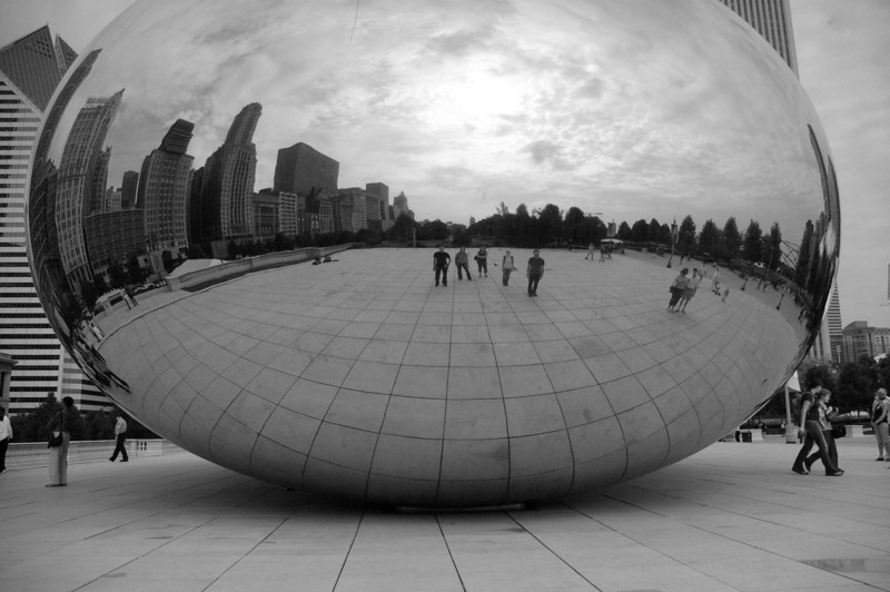 Chicago - Millennium Park<br /> <br /> Five friends, hidden camera.