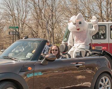 2014 Watchung Plaza Easter Egg hunt