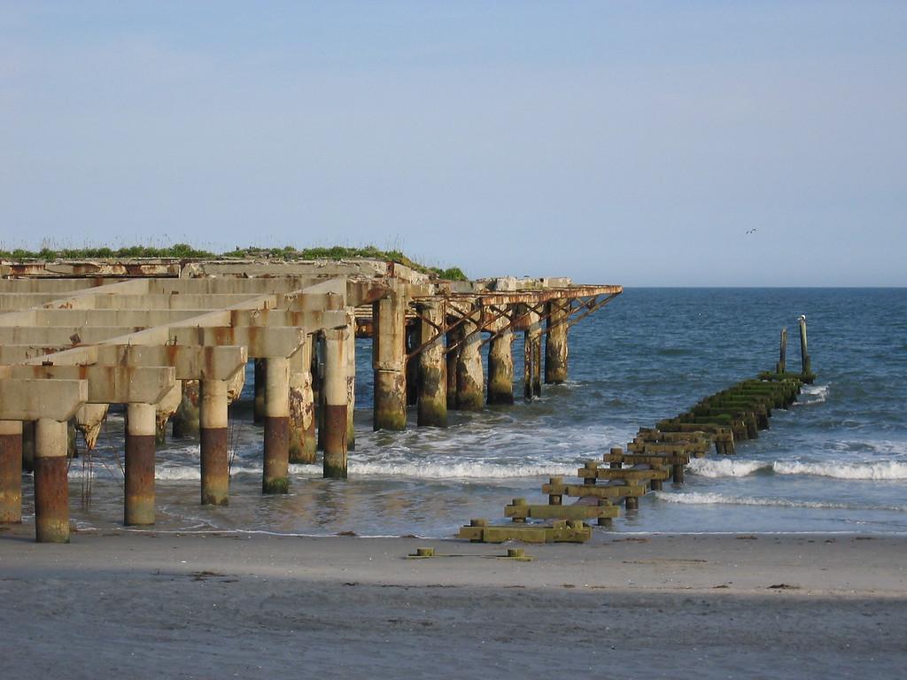 "Remains of the original ""Garden Pier"""