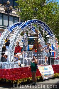 Gay Pride Parade 6-28-09 25