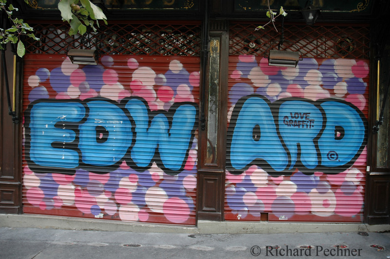 Artwork by Love Graffiti ©