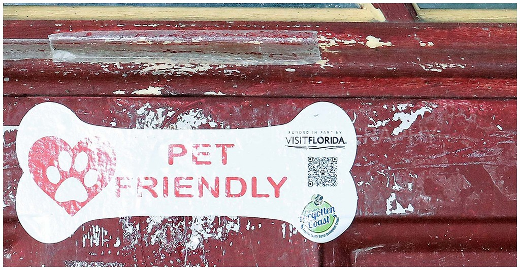 Pet Friendly in Apalach