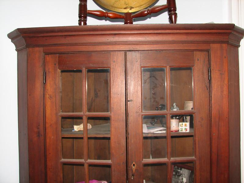 Corner cupboard top.