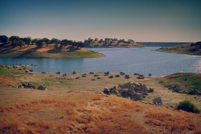 Hensley Lake, California