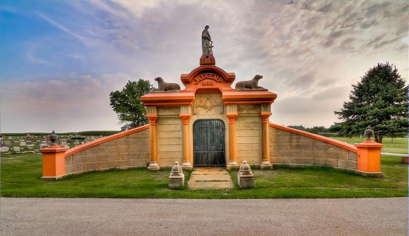Lexington, IL Mausoleum