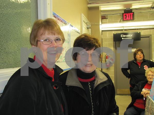 Sue Thoma and Dorothy Thoma