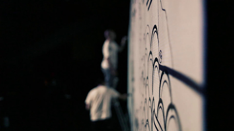 LA QUINCAILLERIE MODERNE<br /> <br /> présente<br /> <br /> LE VERNISSAGE au WIP de la Villette à Paris<br /> <br /> <br /> Mise en scène de Benjamin Villemagne.<br /> Lumière/Vidéo de Richard Gratas.<br /> Musique de Patrick de Oliveira.<br /> <br /> Avec ANKHONE (GM), PITR (PAPIERSPEINTRES), <br /> ZAGUITA.