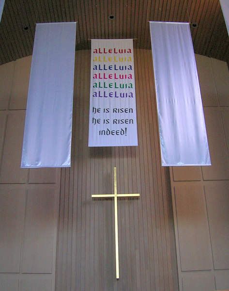 Central Easter banner in the nave