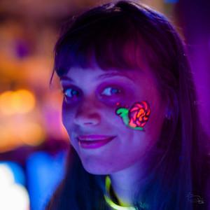 Glow show at Roxy's