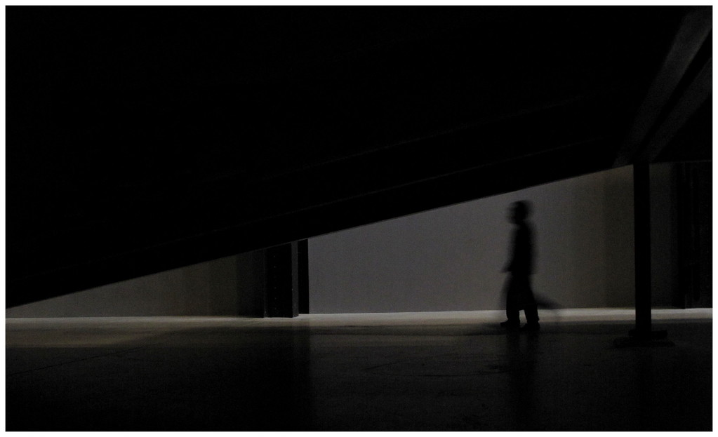 Passing Figure - Tate Turbine Hall