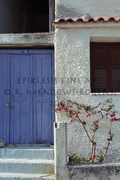 <center>Penelope's Wait (Kalambaka, Greece)  © R. Meadows-Rogers, 2004</center>