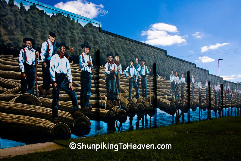 """Rivermen"" Mural by Kelly Meredith, Stevens Point, Wisconsin"