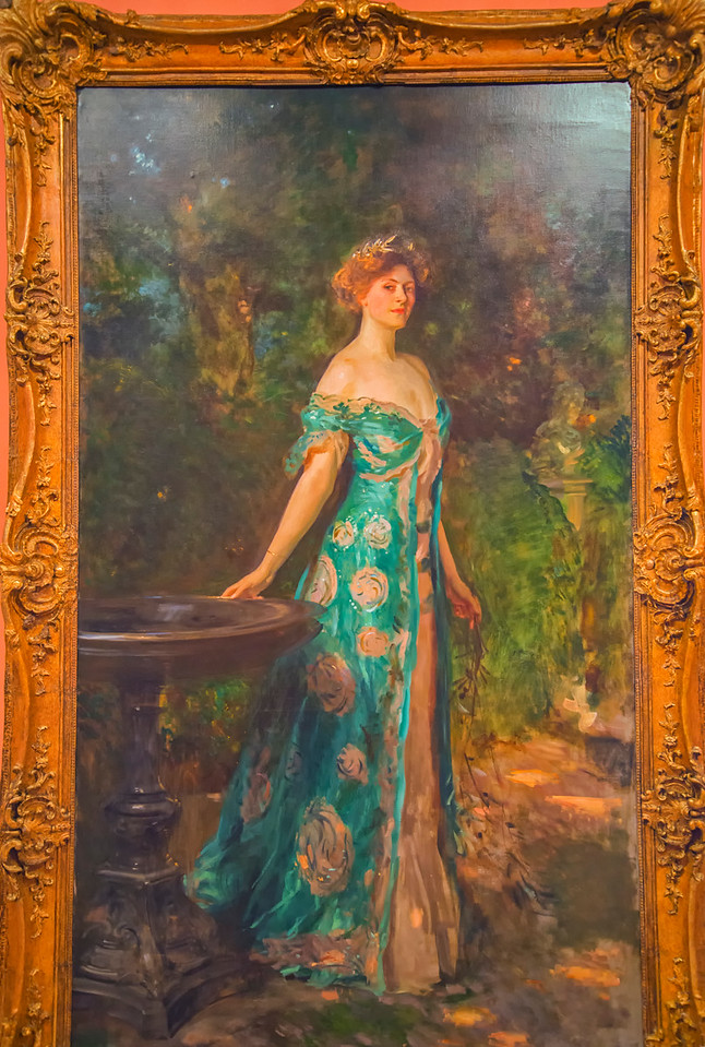 Lady in the Green Dress