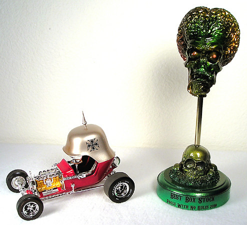 Another trophy for  showrod contest