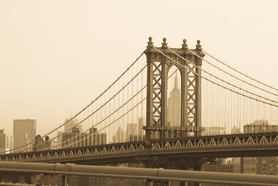 Empire State in the Arch of the Manhattan Bridge