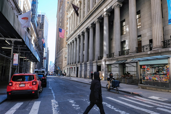 An end of winter / early Spring day on Wall Street