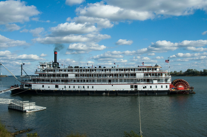 Delta Queen docked at Grandview, IN. - October 2008