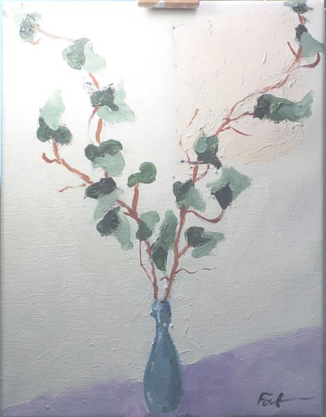 Dried ivy and indigo vase