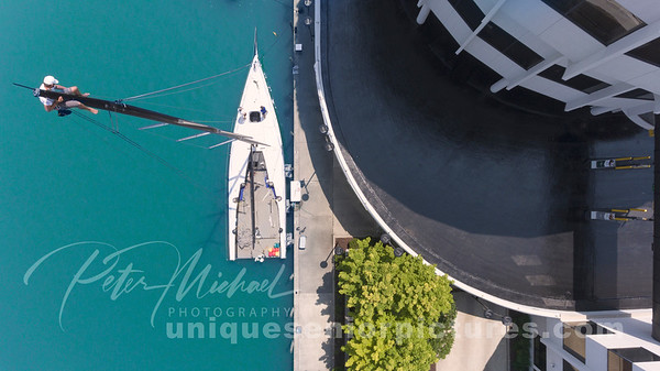 Belles-Mackinac-Race-Mast-Guy