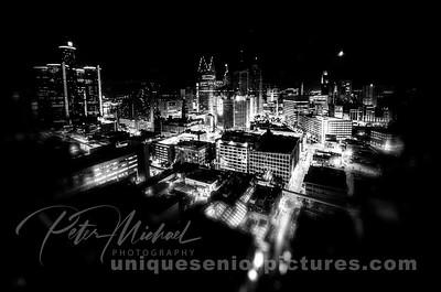 detroit night skyline ren cen