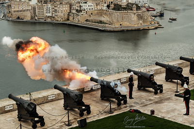 Noon Gun - Upper Barraka Saluting Battery - Valletta - 2nd January 2014 - Malta