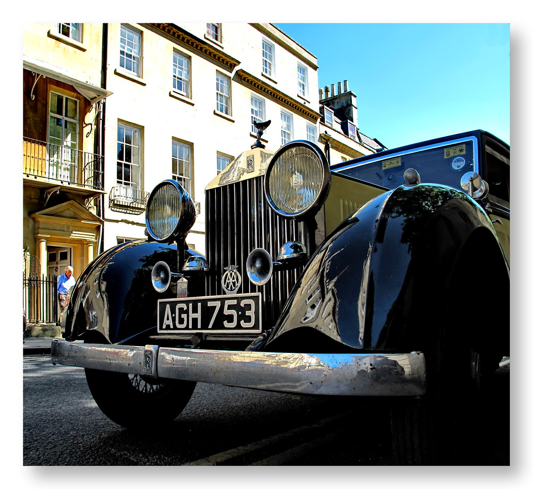 Vintage Rolls Royce - Church Street Bath