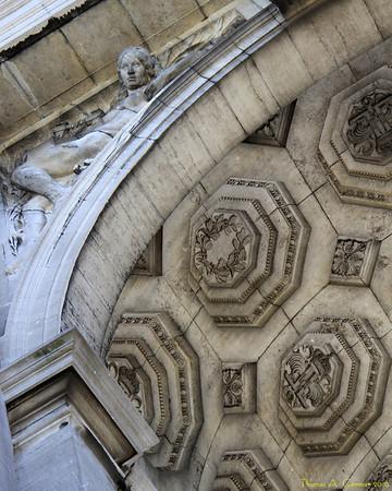 The triumphal arch at the Parc du Cinquantenaire in Brussels, Belgium.