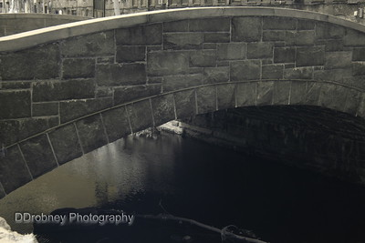 Spring Street/Middle River bridge, Stafford Springs.   Infrared doesn't seem to work with stone.  Practicing...