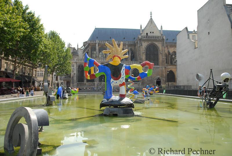 Ballerine sirene, by Niki de Saint Phalle