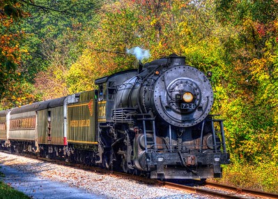 The Friday excursion returns to Cumberland, MD
