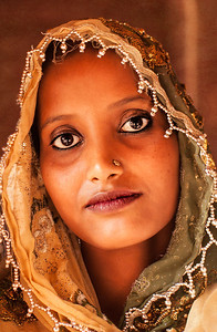 Goan woman, Taj Mahal. Agra, India