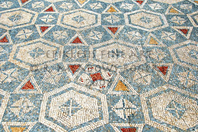 <center>Syncopated Tesserae Roman Mosaic Floor: Conimbriga, Portugal © R. Meadows-Rogers, 2008</center>