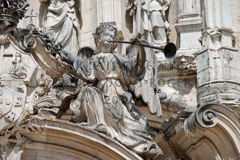 <center>The End of Stone Igreja de Santa Cruz (facade), Coimbra, Portugal  © R. Meadows-Rogers, 2008</center>