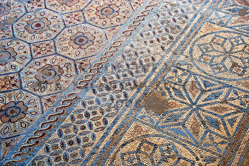 <center>Plasticity Roman Mosaic Floor, Conimbriga, Portugal © R. Meadows-Rogers, 2008</center>