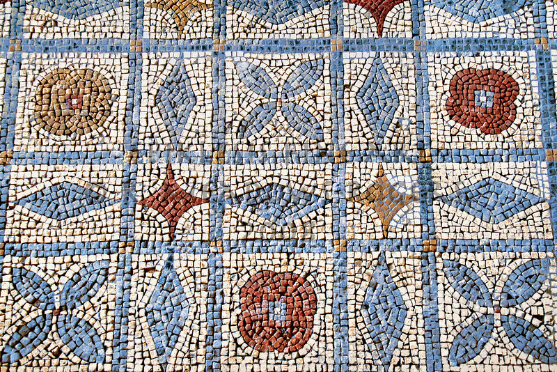 <center>Ludic Floor Roman Mosaic, Conimbriga, Portugal © R. Meadows-Rogers, 2008</center>