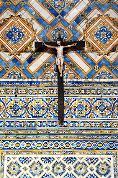 <center>Patterns of Desire Sacristy, Igreja de Santa Cruz Coimbra, Portugal © R. Meadows-Rogers, 2008</center>
