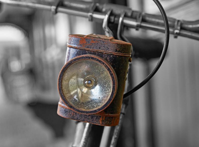 Cycle Lamp at Bo'ness Station - 1 April 2017