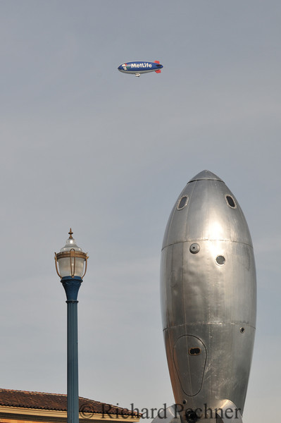 Metlife blimp pays a visit to the Raygun Gothic Rocketship.