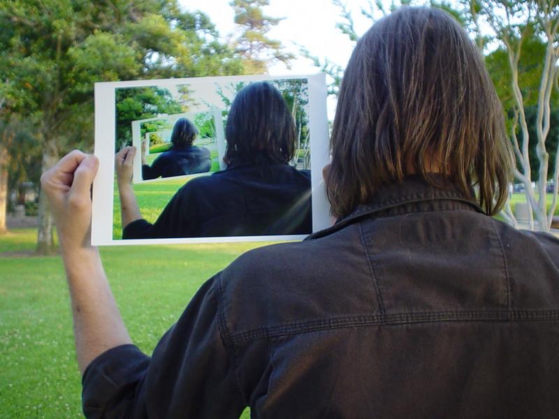 PORTRAIT OF REFLECTIVE CONSCIOUSNESS