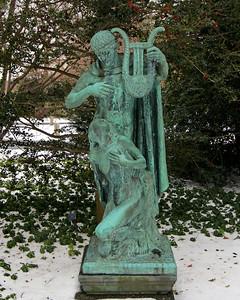 Planting Fields Arboretum statue