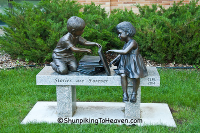 Kids & Books Sculpture, Clear Lake, Iowa
